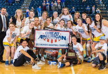 Women's basketball wins GAC Championship; men and women advance to NCAA DII Tournament Thumbnail