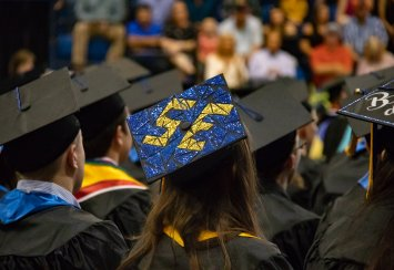 Southeastern to recognize spring graduates with unique webpages Thumbnail