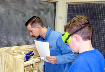 Southeastern offers free Summer STEM  Academy  for 8th and 9th grade students Thumbnail