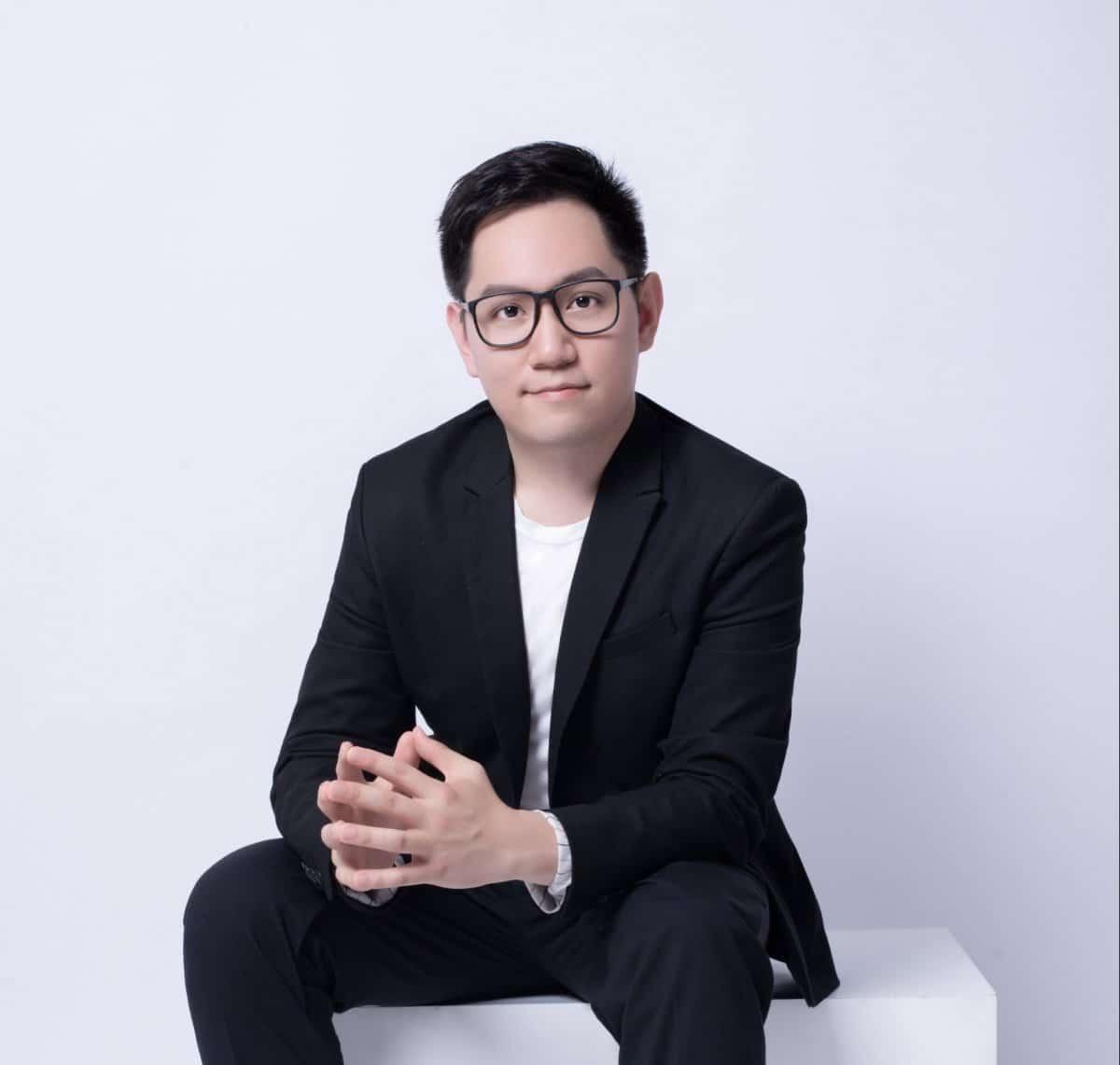 Yi-Yang Chen, piano banner