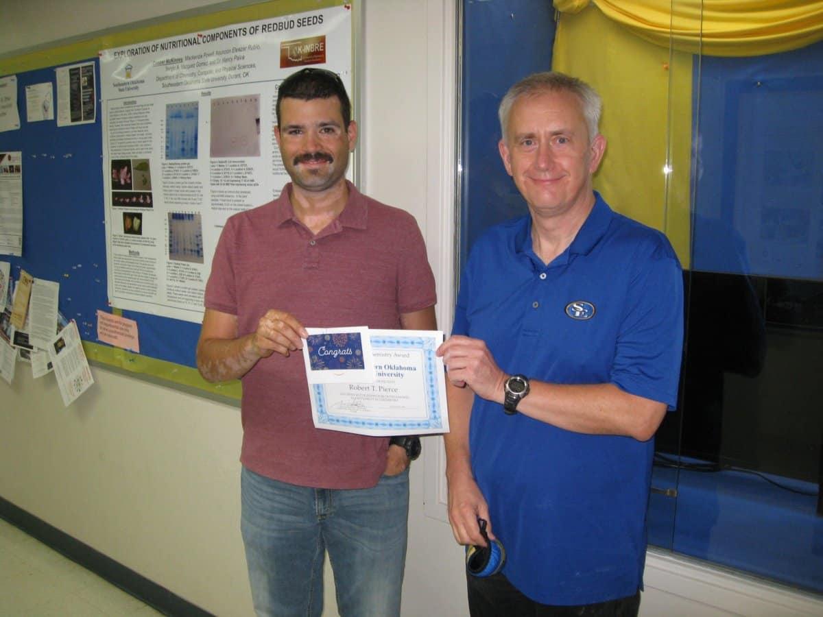 Robert Pierce named Top General Chemistry Student for 2021 banner